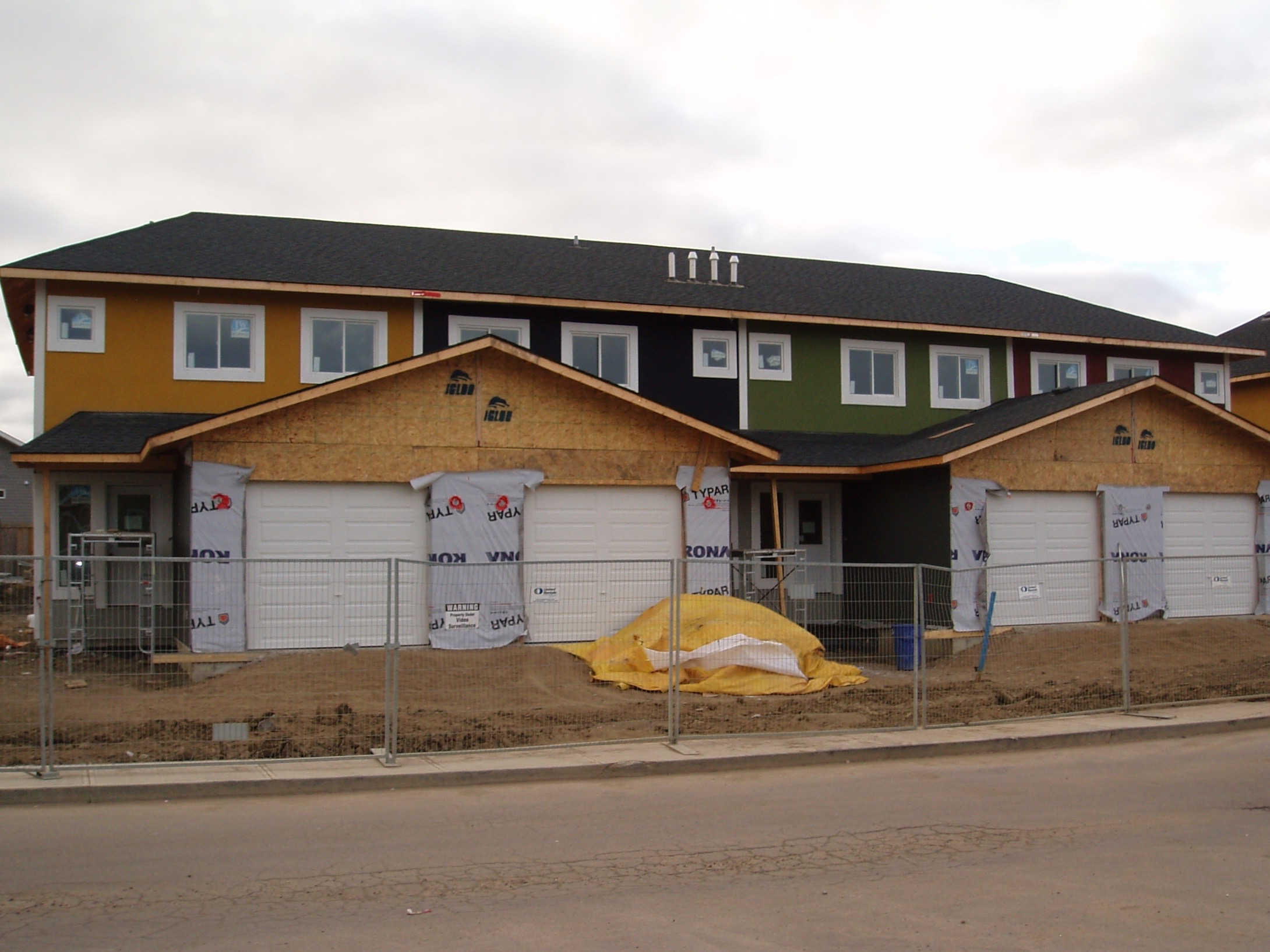 Multi-Family Complex - Lloydminster